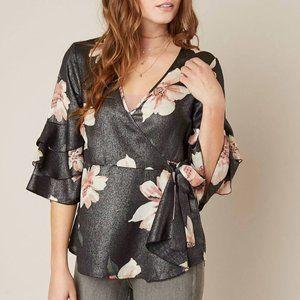 BKE Gimmicks Metallic Wrap Top Floral Kimono Tunic